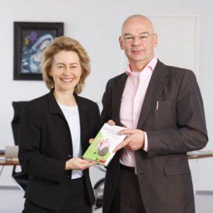 Dieter Bednarz mit Ursula von der Leyen