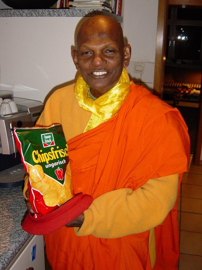 Mönch Siri auf Deutshland-Besuch 2003